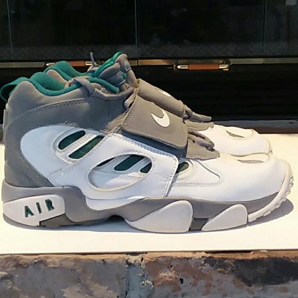0c7e63ed69 Nike Shoes   Air Diamond Turf Ii Sneakers   Poshmark
